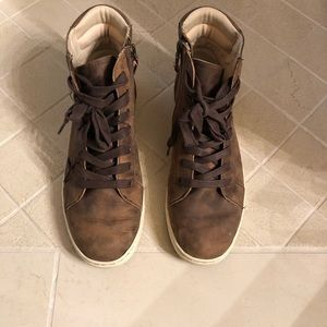 Women's Ugg lace up boots, size 10